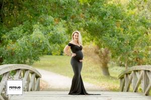 Nicole's Maternity